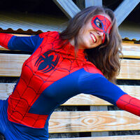 Plexi Cosplay in a Spider-Man cosplay