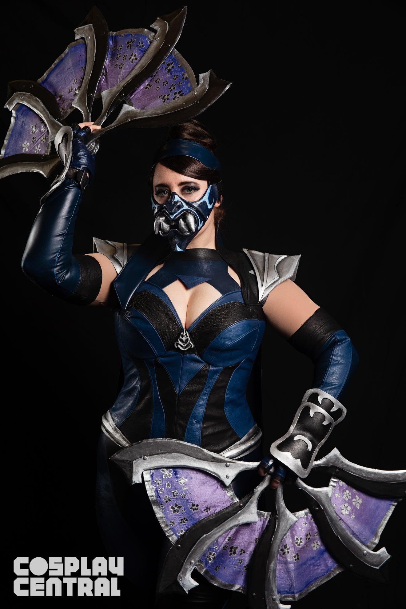 Mortal Kombat: Kitana Cosplay by Jedimanda