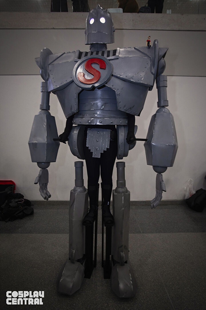 The Iron Giant Cosplay at New York Comic Con 2019