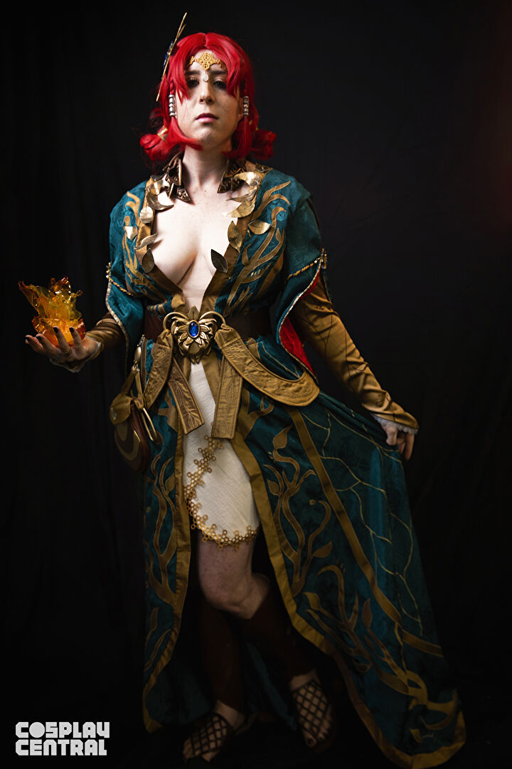 Cornetto Cosplay as Triss Merigold from The Witcher 3: Wild Hunt video game.