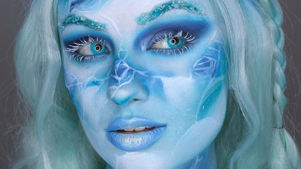 Cosplayer/Makeup Artist MakeupMadhouse with blue contacts from Coloured Contacts