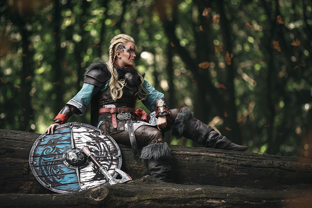 Amazonian Cosplay as Eivor From Assassin's Creed Valhalla