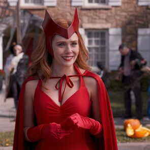 Scarlet Witch Classic Costume Look