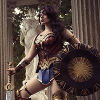 Jedimanda in her Wonder Woman made of worbla and foam (photography by Alexandra Lee Studios)